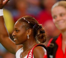 Serena Williams (L) and Kim Clijsters at Hopman Cup 2003; Getty Images