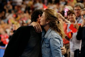 Federer celebrated with wife Mirka.
